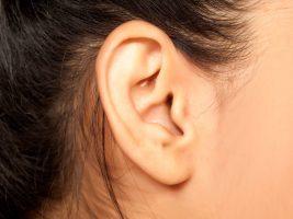 تومور مغزی پشت گوش